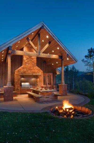 outdoor-backyard-fire-pit-ideas-sebring-design-build
