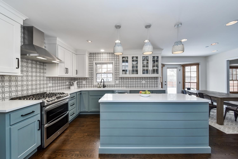 Naperville Farmhouse Kitchen