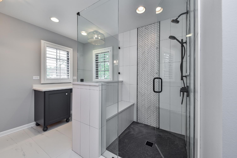 Modern Elmhurst Bathroom Remodel